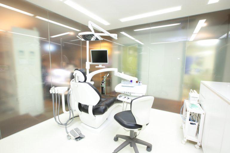 港区 赤坂歯科クリニックのインプラント治療オペ室